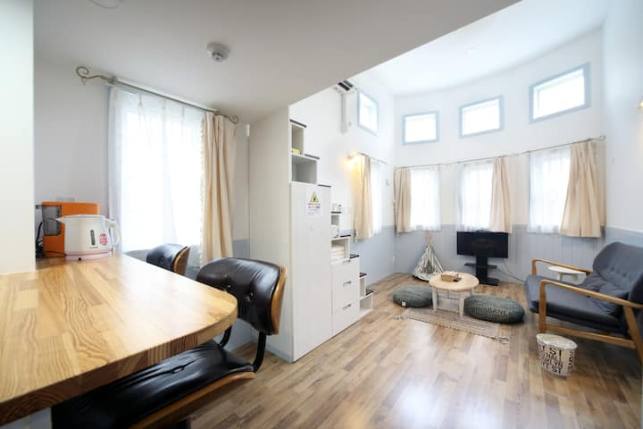 Stylish apartment in Naha city! up to 5 people!!