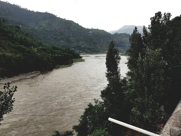 River side view. Furnished flats