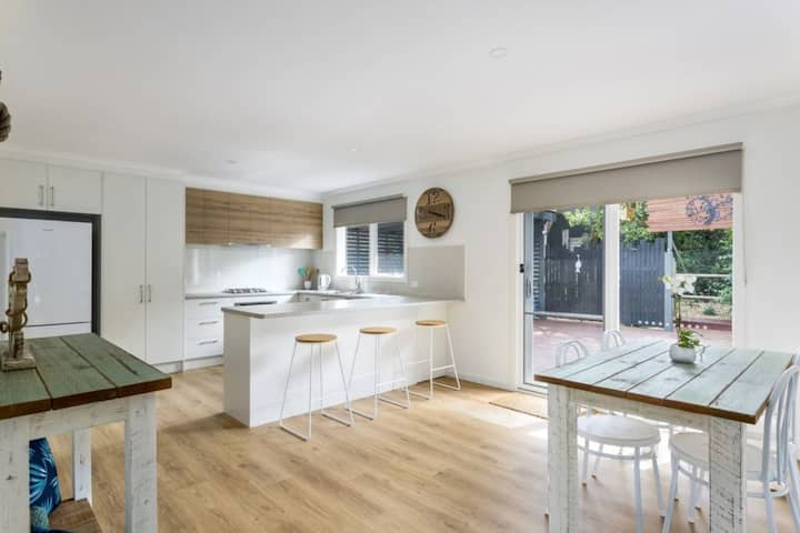 Sand, Surf, Beach - Beautiful Rye Holiday Home