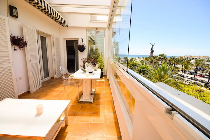 Penthouse in 1.line beach complex Puerto banús - Marbella - Apartment