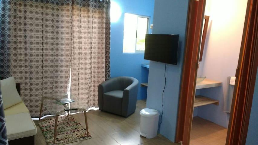 Baloo's Blue Room @ Cheeky Monkey Cabinas