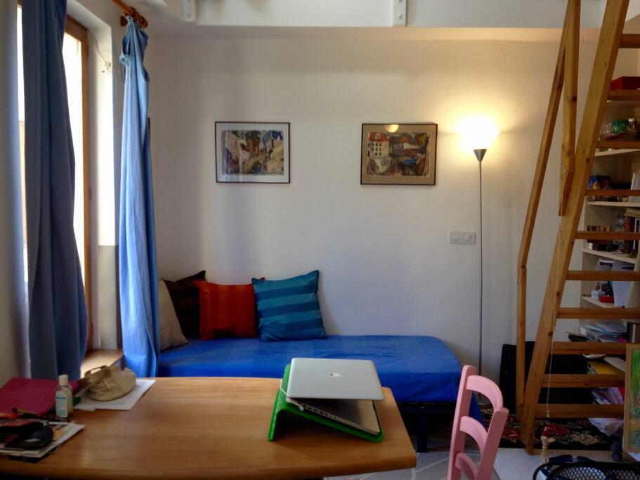 petite maison pr s de paris maisons de ville louer juvisy sur orge le de france france. Black Bedroom Furniture Sets. Home Design Ideas