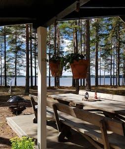 Fullt utrustad stuga vid Dalälven.