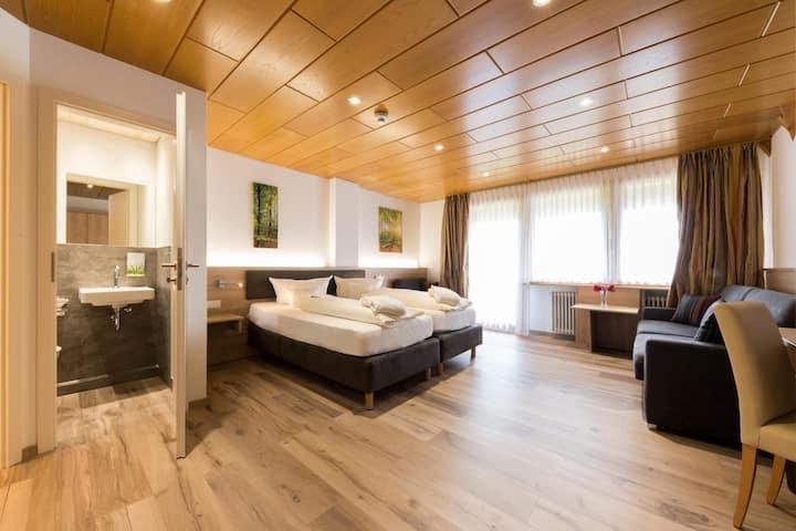 Hotel & Restaurant Sonnenhof & Sonnhalde, (Ühlingen-Birkendorf), Deluxe Zimmer C