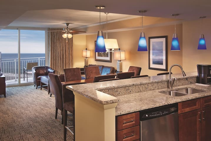 Wyndham Vacation Resort Towers On The