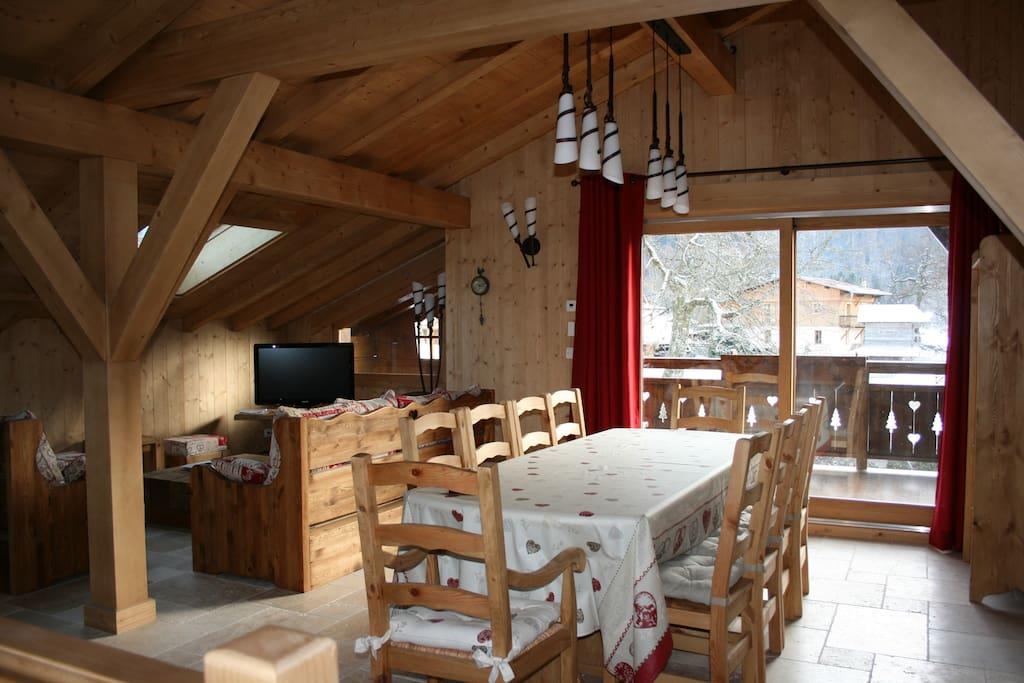 le CRIOU-salle à manger et salon