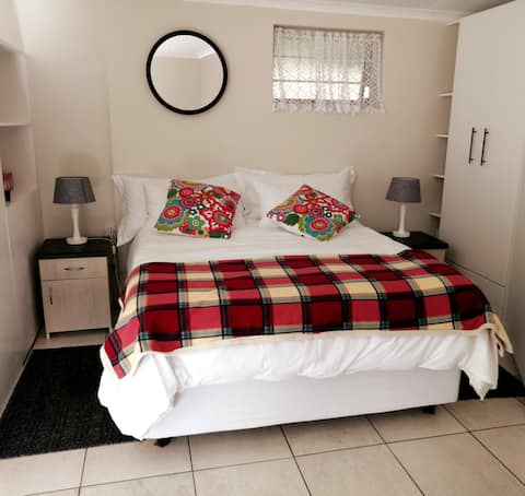 Chelmsford Cottage, Unique, 5min to all amenities