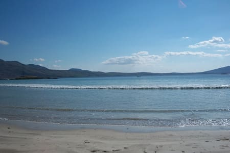 Silver Strand Cottage - Louisburgh - Hus