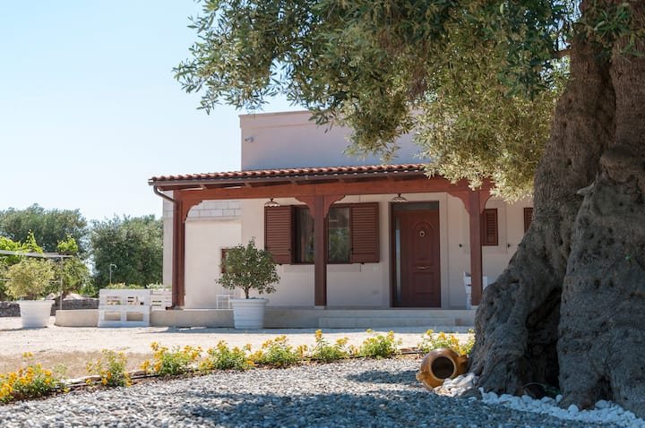 Spacious Villa in Puglia for 5 people with View