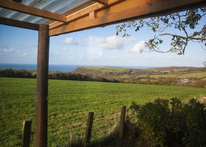 Luxurious cabin with sea views over Cardigan Bay