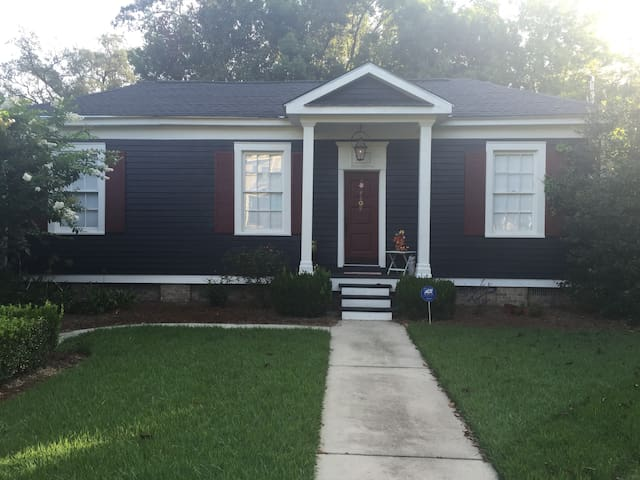 Cozy Cottage Home in Historic Thomasville - Thomasville - Casa