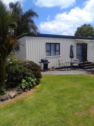 Kerikeri Cottage and Pool