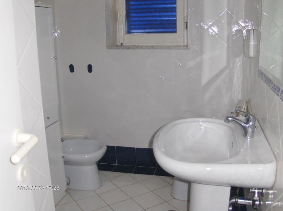 bagno camere matrioniale 2