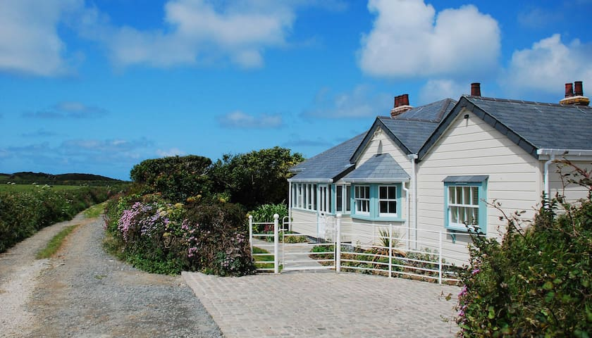 St Edwards Cottage, Tintagel - Cornwall - Casa