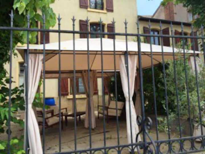 Apartment with 3 bedrooms in Roanne, with WiFi