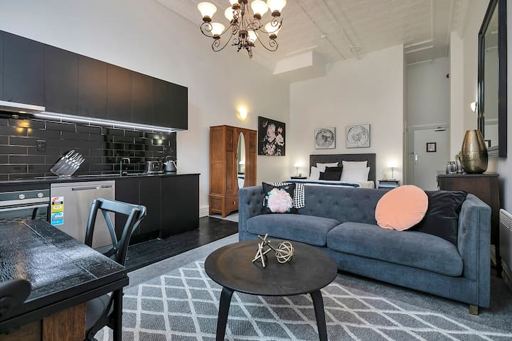 Experience Auckland with ease and comfort