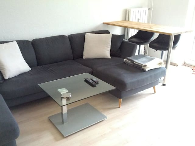 calm 2-room apt. with balcony - Munic - Pis