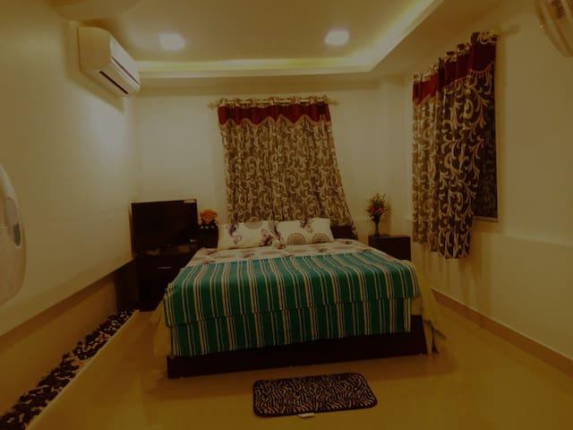 Homely Stay and Enriched with Back Waters!