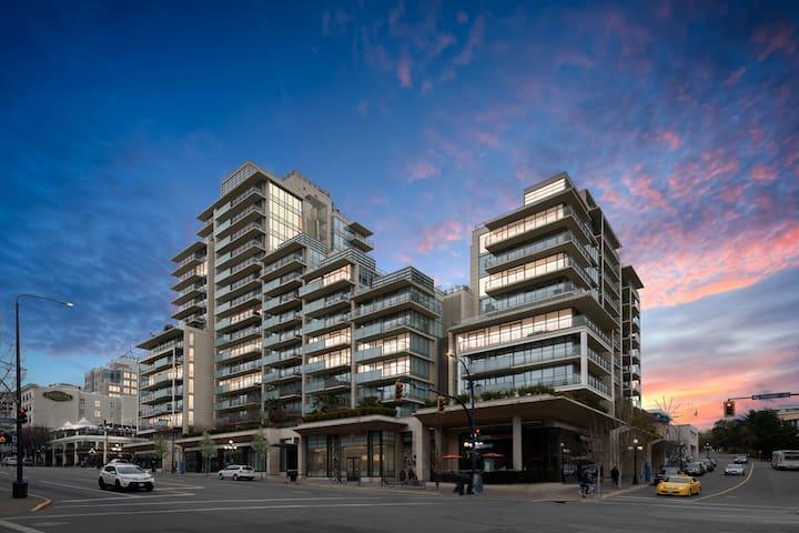 1 Bdr & Den Downtown Victoria