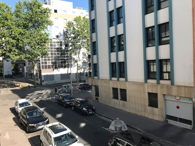 Joli Studio (4 pers) Montplaisir-free parking