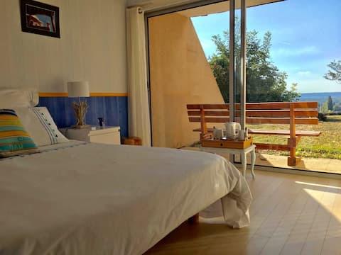 Chambre avec belle vue au calme