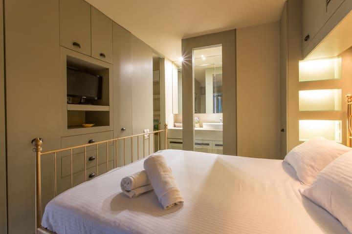Plaka 360 Cozy Apartment