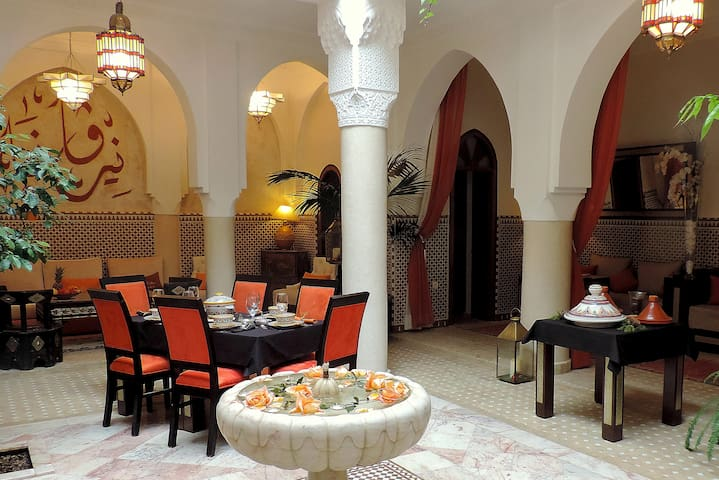 Une Chambre Luxe 2 pax dans un Riad de qualité . - Marraquexe - Apartamento