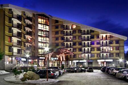 Apartment in 4* Flora Top Location - Borovets