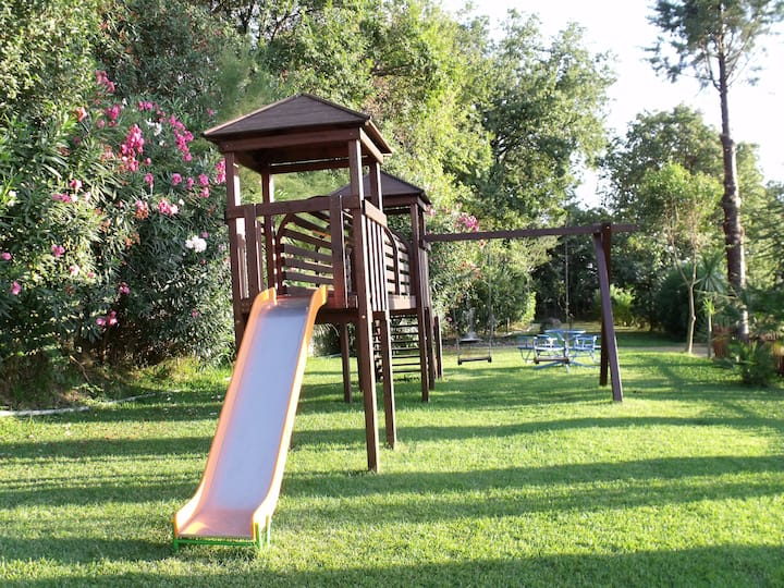 Residenza Giancesare piscina parco