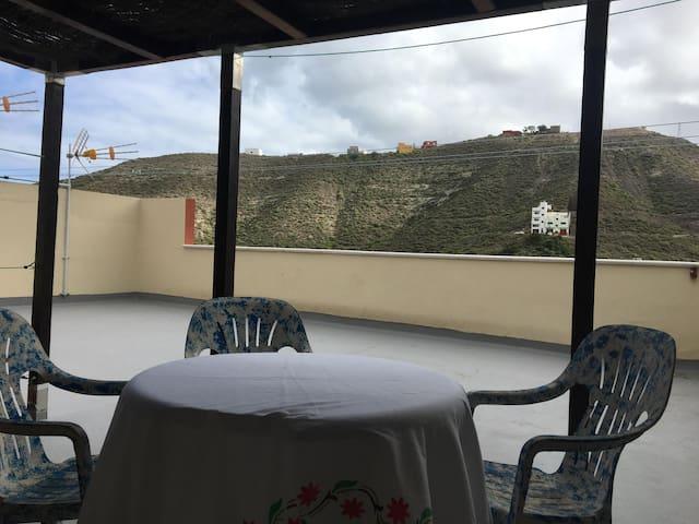 Habitación a 500 Mts de la playa La Laja - Las Palmas de Gran Canaria - Huis