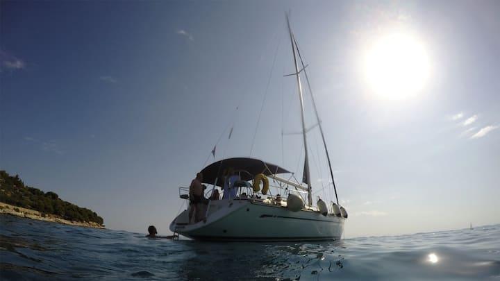Sailing Murter-PRIVATE SAILING TRIPS