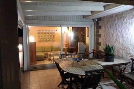attico con terrazza - Casamassima - Apartamento