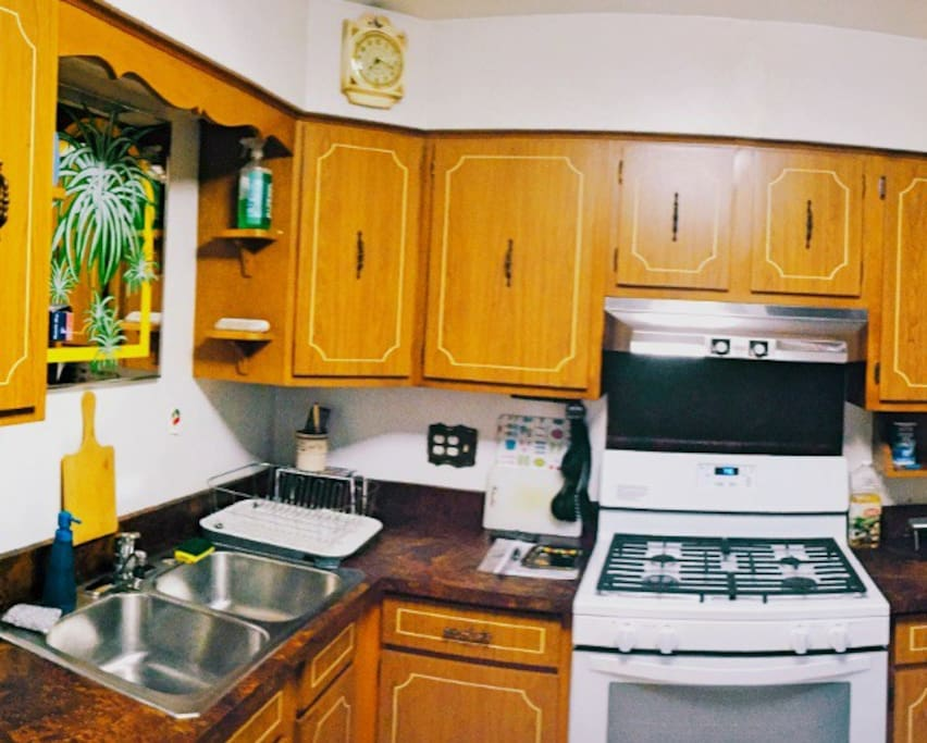 Fully equipped kitchen with everything you need if you feel like cooking