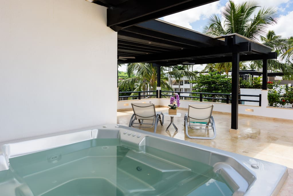 Private rooftop terrace with jacuzzi