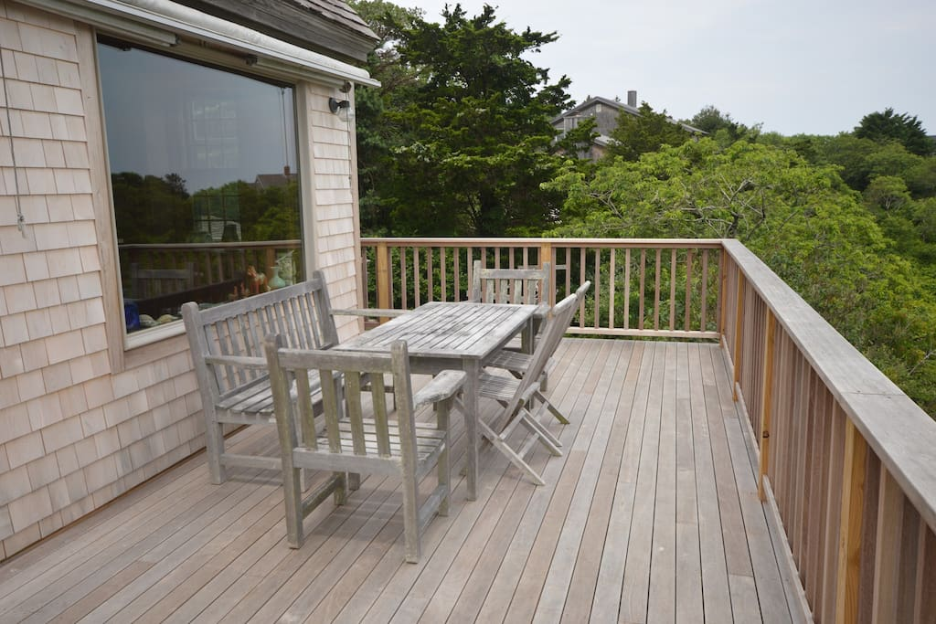 Gorgeous deck remodeled in 2017