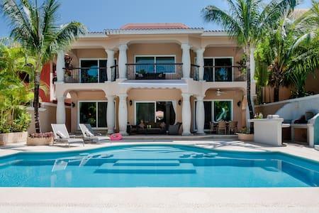 2 Luxury Villas Combined 10 Bdrms. - Puerto Aventuras