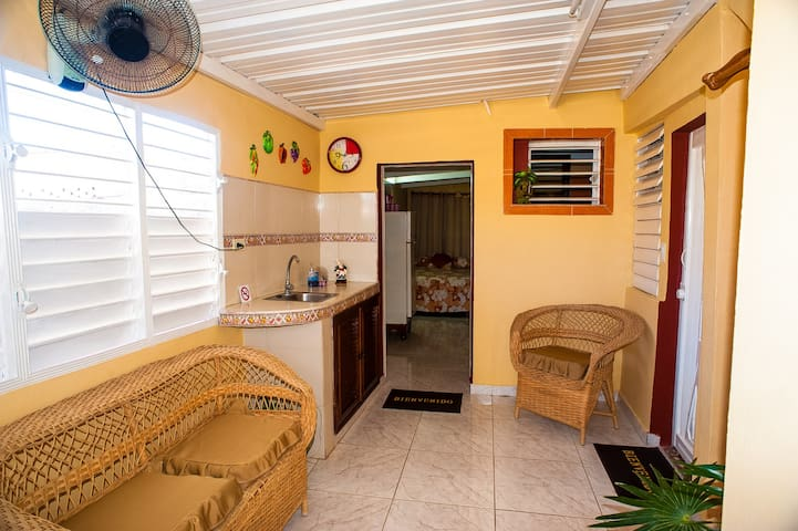 *.*Pleasant Flat with Terrace in Varadero Beach*.*