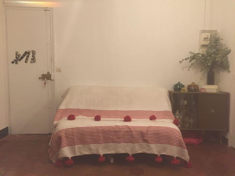 un canapé lit 140x190