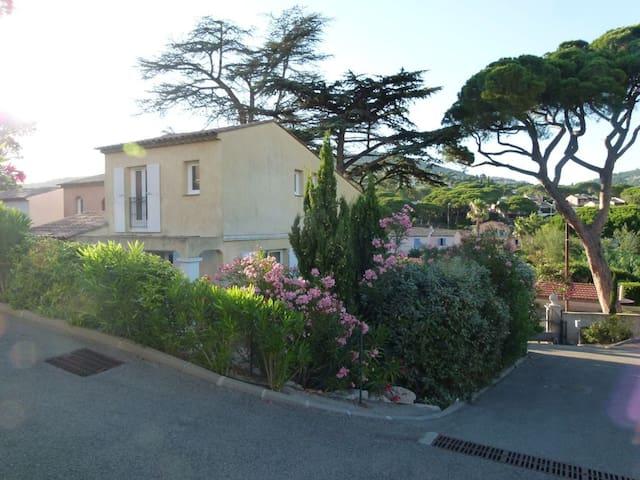 Nice house near the beach & terrace