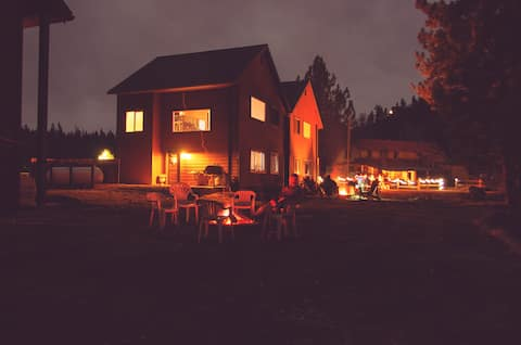 Lassen Park Getaway at Two Son's Lodging