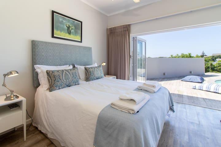 Main Bedroom opening onto Deck