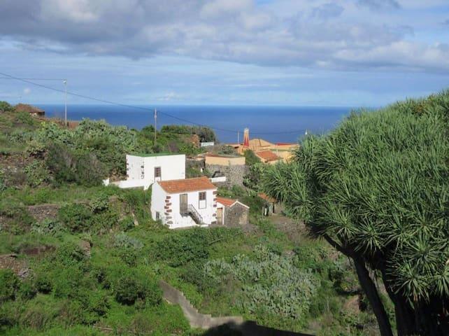 Casa Fema  —Reserva Natural Guelguen—
