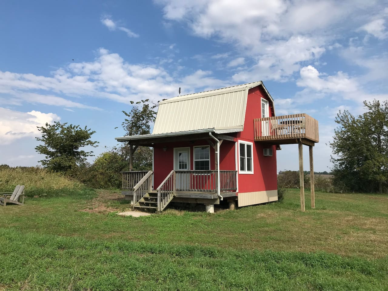 Front view of the 500 Sq. Ft 2 story farm cottage