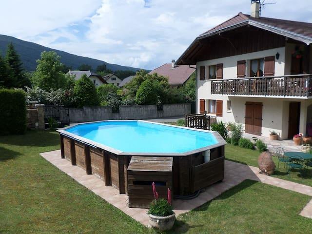 Location Saint Jorioz Lake Annecy