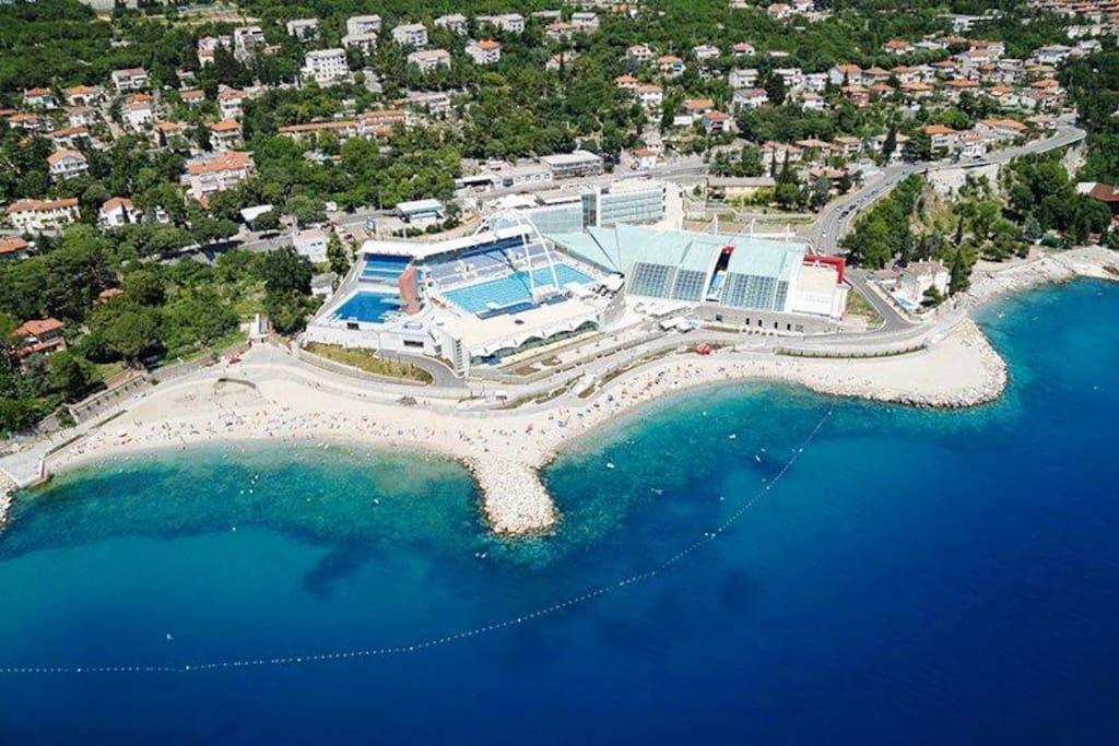 Beach Ploče 5 min walk from the Villa