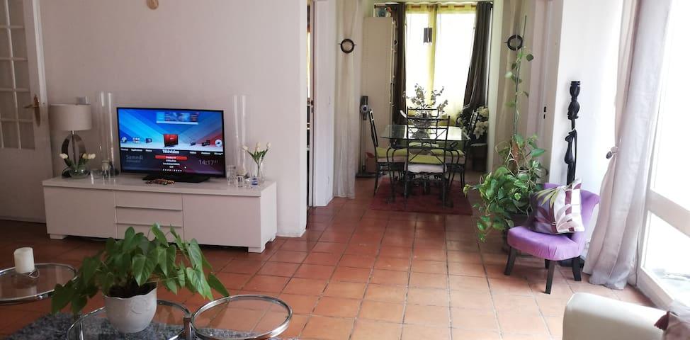 Chambre meublée près de Paris