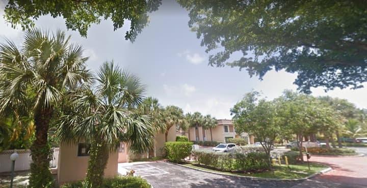 Maison sur l'eau North Miami Beach