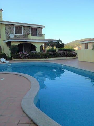 Villa Isabel ( RESIDENZA DEL SOLE 2)