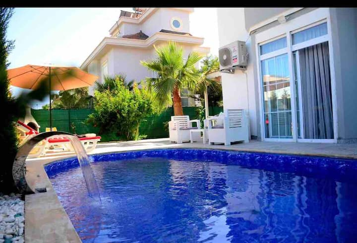 Paradise Fully Prıvate Luxury Villa Wıth Pool