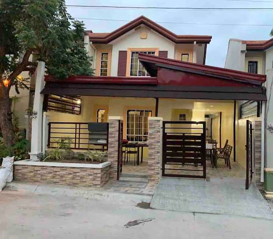 House for RENT in Subdivision/FULLYFURNISED2BR/2TB